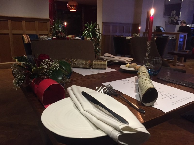 Christmas Eve at the White Swan, Shawell