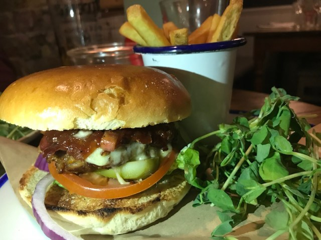 Burger at Jacobs Plough, Bicester