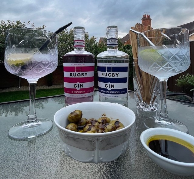 Rugby gin
