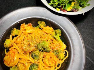 Shrimp and Broccoli Pasta
