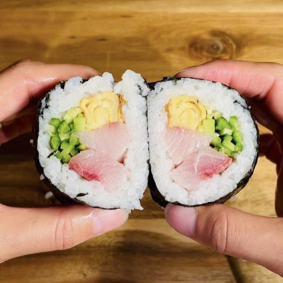 Homemade Sushi Rolls 2 - EATwithOHASHI.com