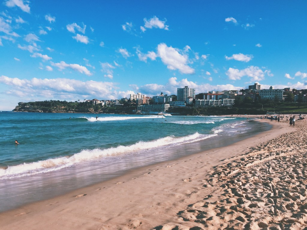 Bondi Beach | eat, write + explore
