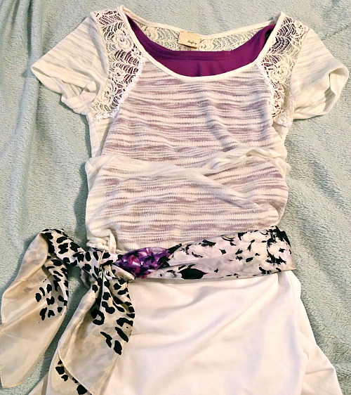 tan shirt w purples