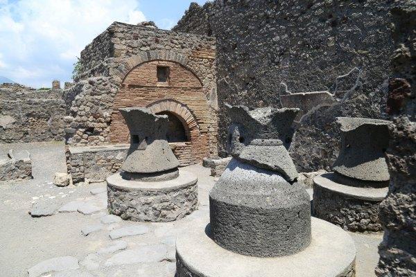 Pompeii 15 a