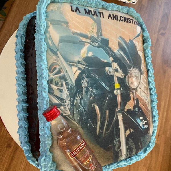 cake example by andreea