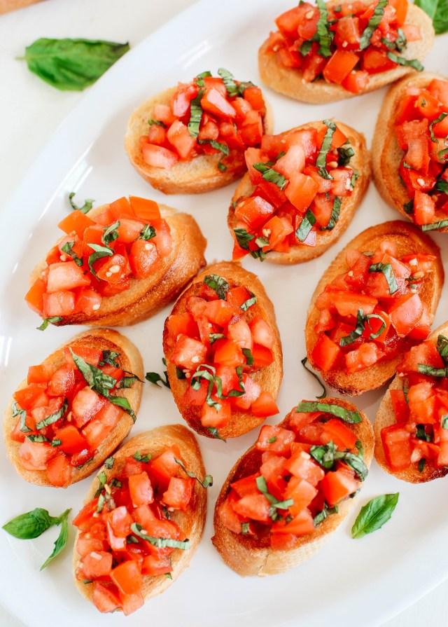 EASY Tomato and Basil Bruschetta - Eat Yourself Skinny
