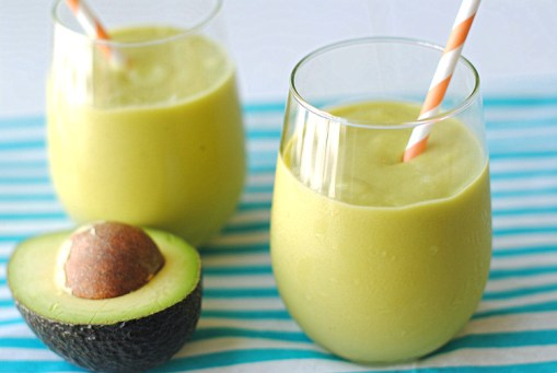 10 LOW CARB BREAKFAST SMOOTHIE MEAL REPLACEMENTS