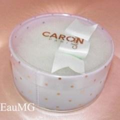 Caron powder puff