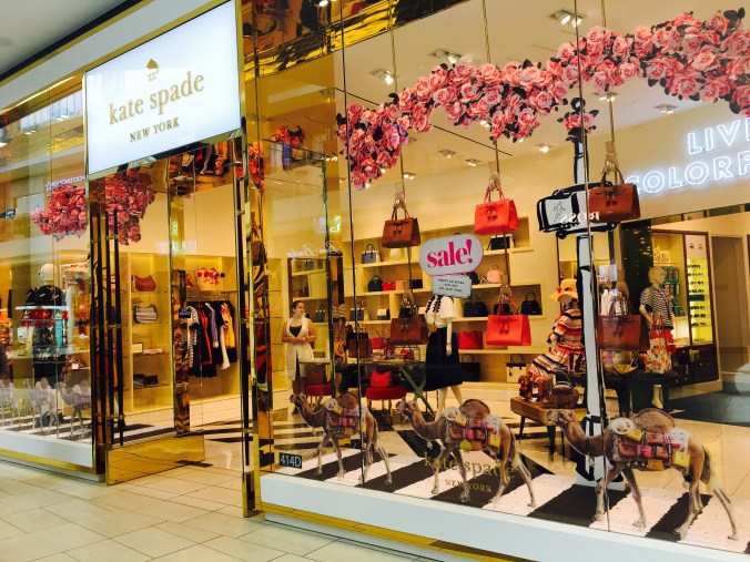 A Look at Kate Spade - 2017 Spring Collection - EazyNazy