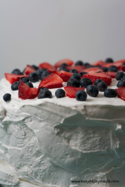 eazy peazy berry shortcake