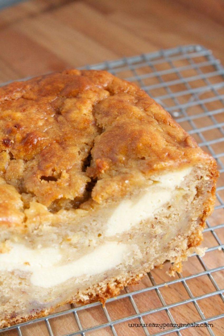 banana breadwith cream cheese