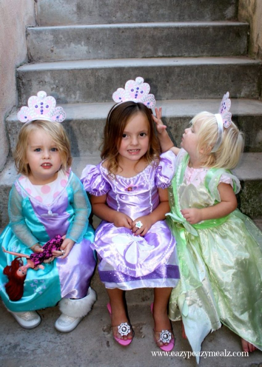 Princesses help others