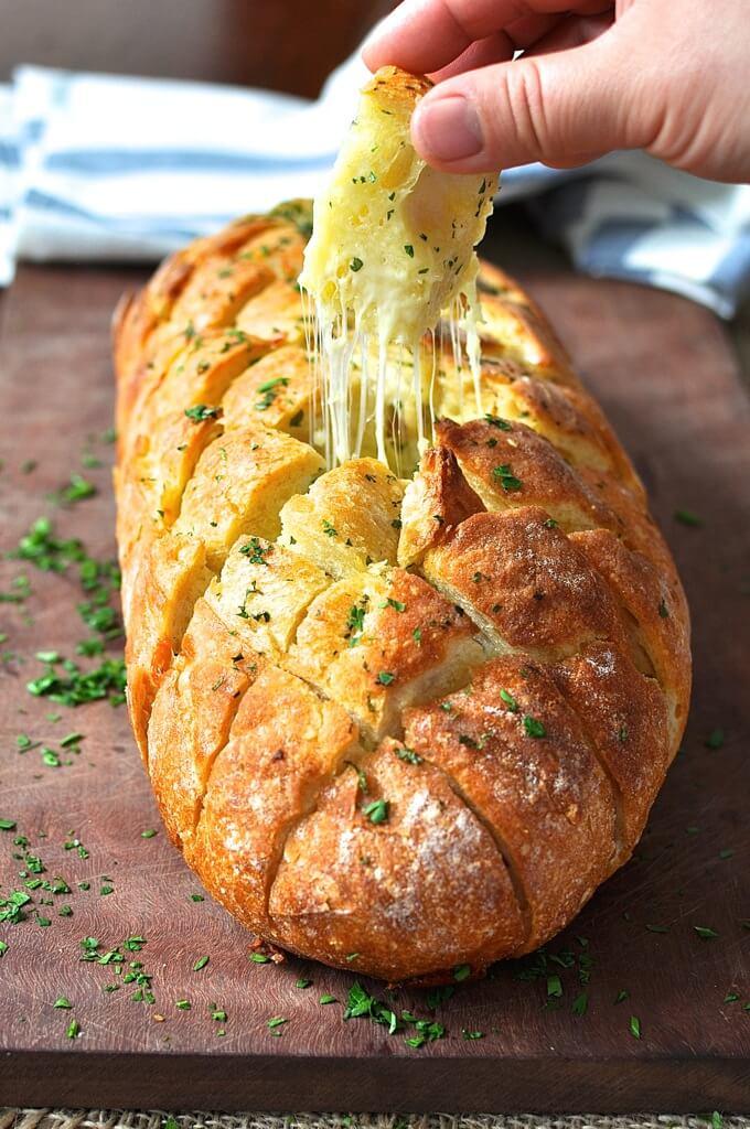 Cheesy crack bread, pull apart bread
