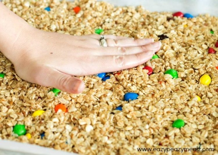 M&M-Granola-Bar-Recipe-8