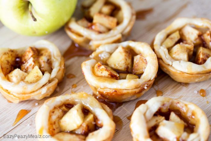 Salted Caramel Apple Pie Bites: Little buttery, flaky pie bites, filled with apple and spices, and drizzled in caramel and salt!