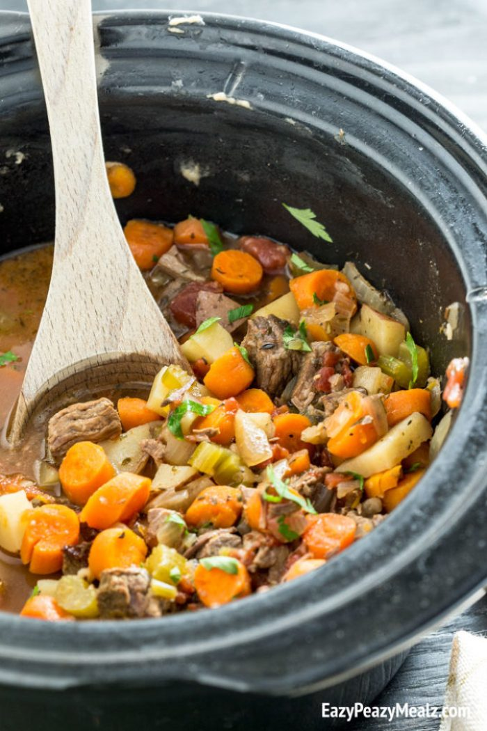 Crock pot beef stew, flavorful and delicious!