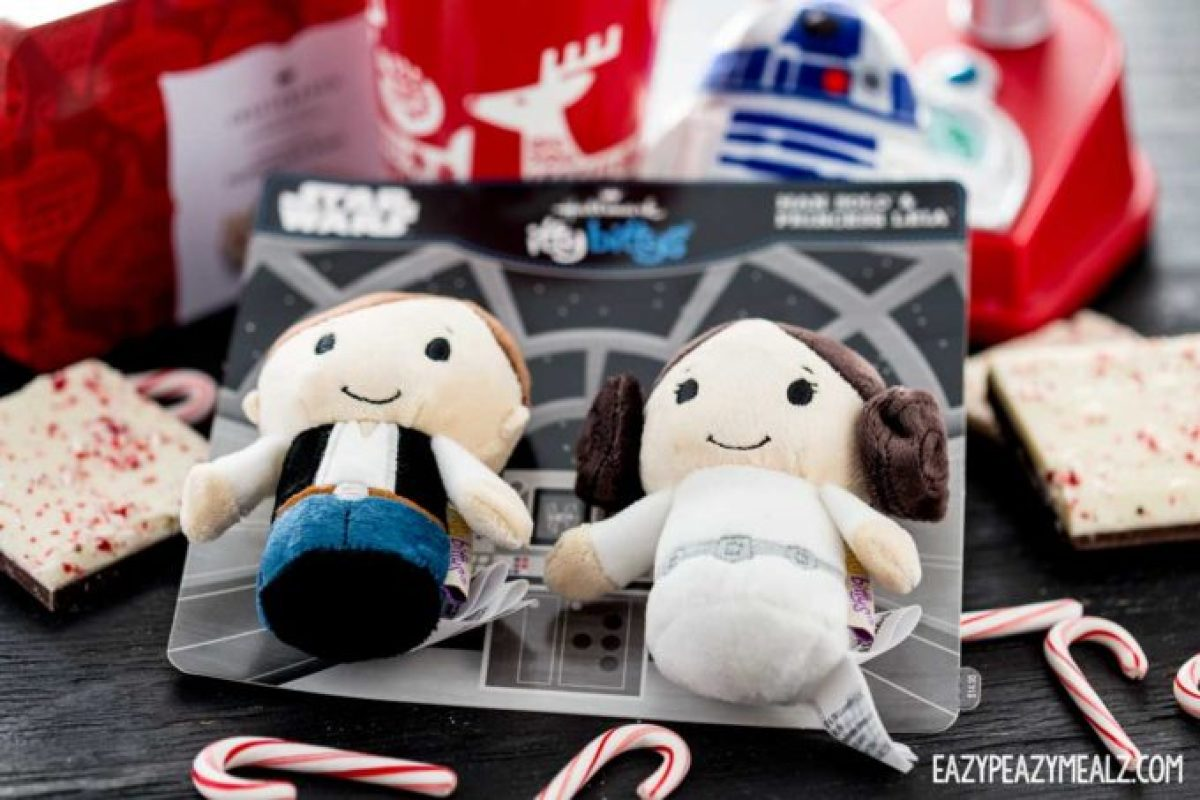 star wars characters, holiday desserts, chocolate peppermint bark molten mug cake