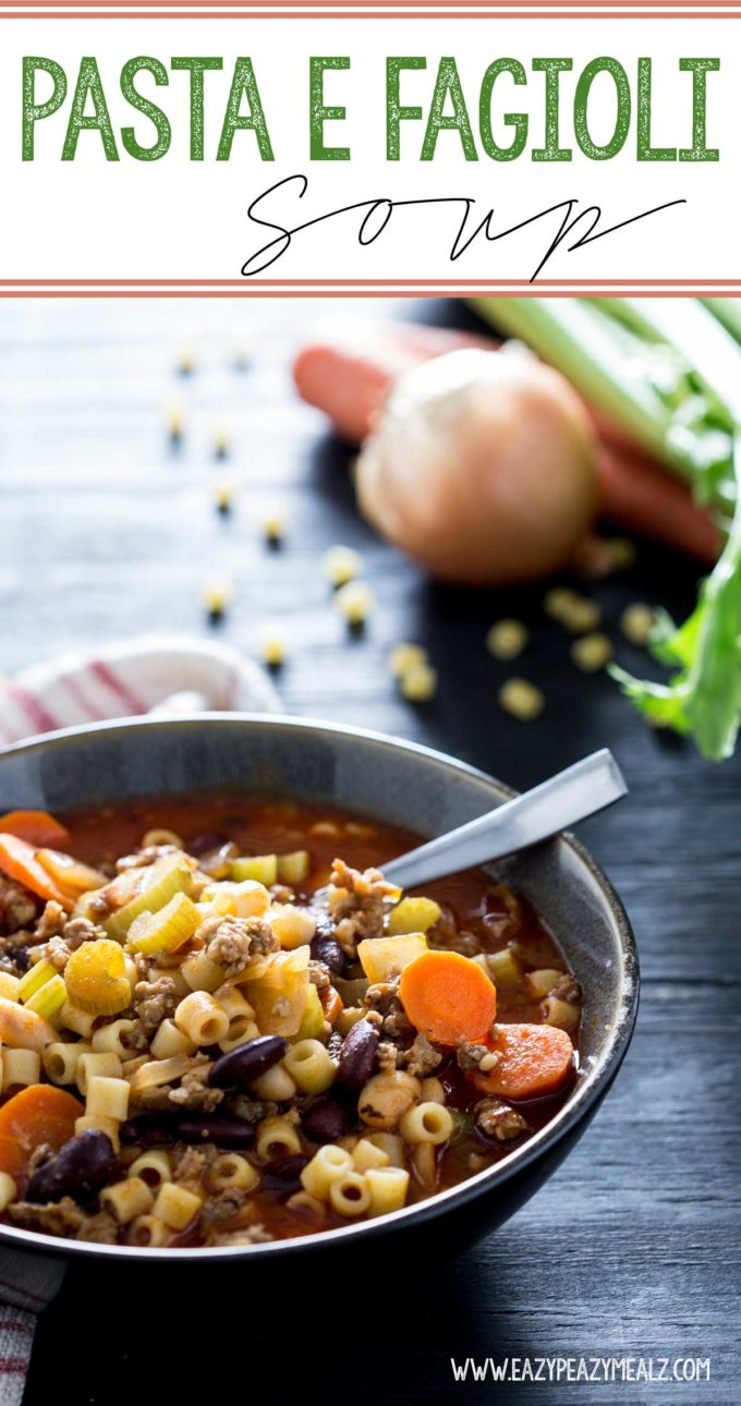 Pasta fagioli soup with delicious shortcuts, this olive garden copy cat is amazing, a delicious Italian soup
