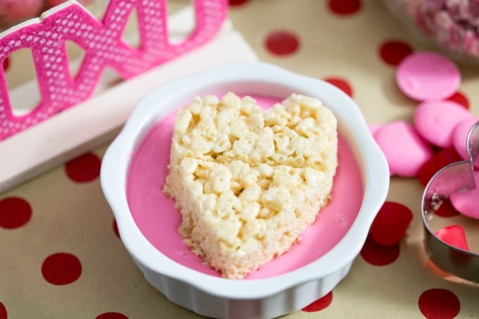 Dipping-Rice-Krispies-Treat-Step-2
