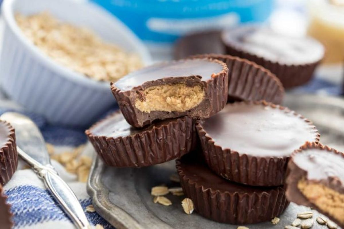 Rich dark chocolate, creamy peanut butter filling, and a healthy serving of protein per peanut butter cup, makes for the best snack or treat