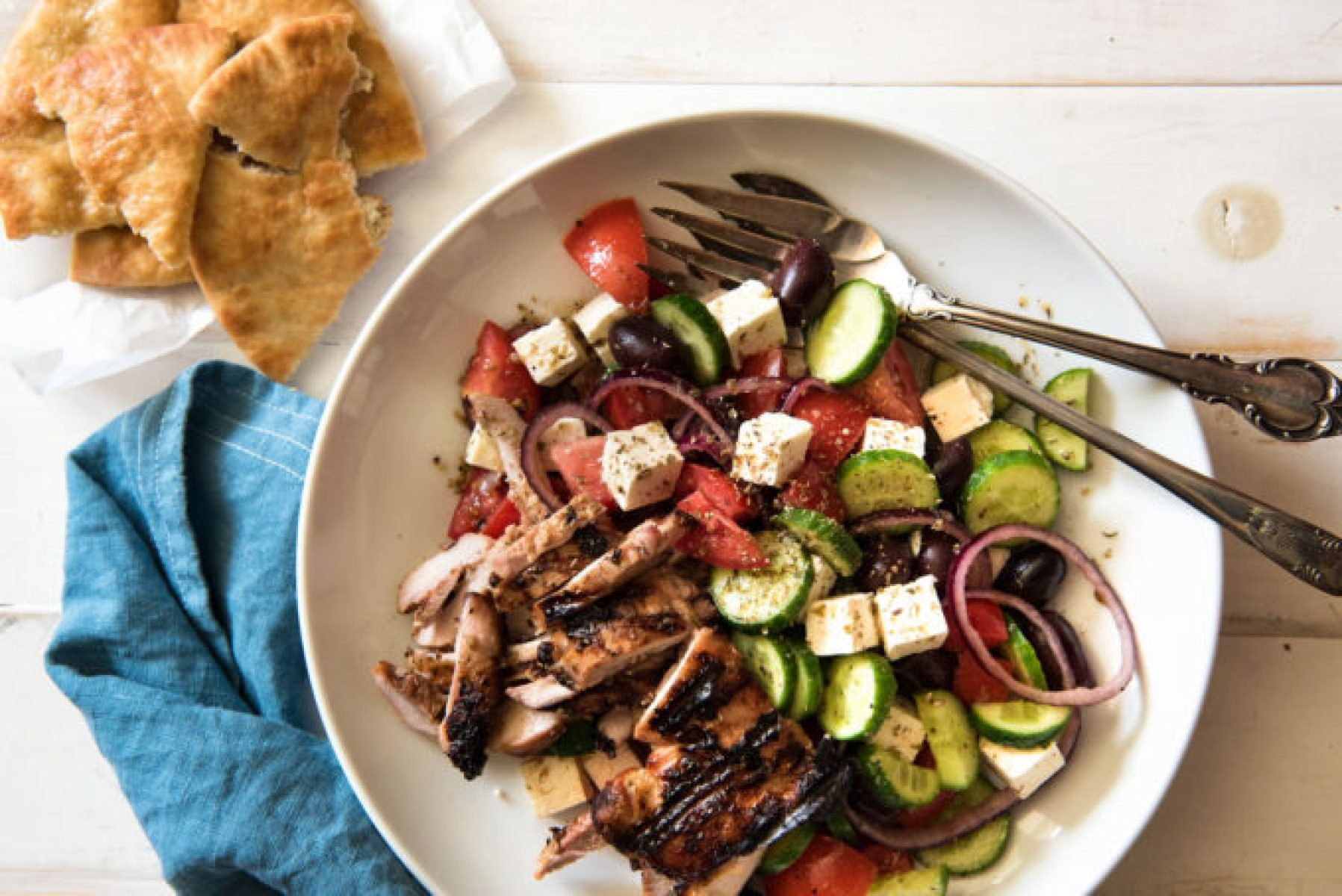 Greek Salad, a classic greek salad that is easy to make