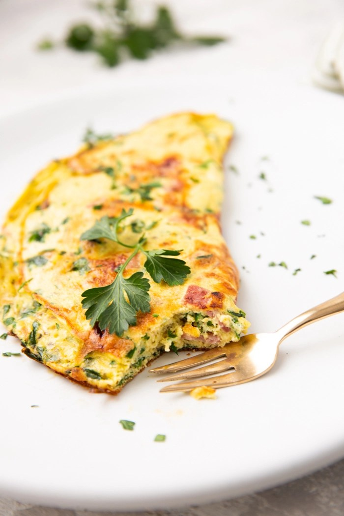 the ham and spinach omelette or keto diet omelet