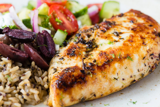 the close up of the skillet greek chicken