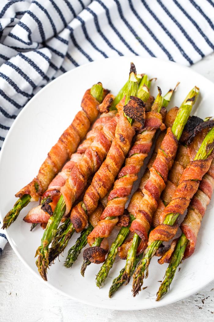 How to make crispy bacon wrapped asparagus