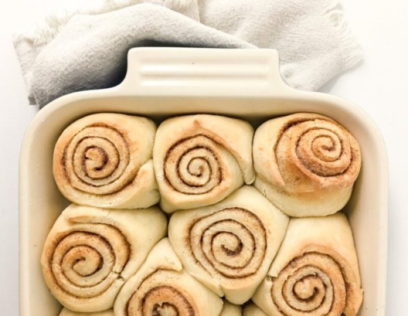 Simple Cinnamon Rolls, easy dessert