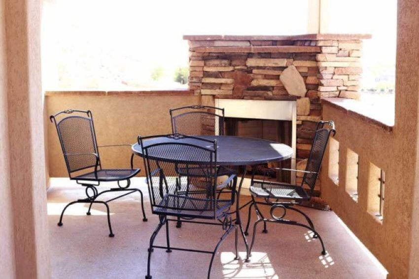 Coral-Springs-patio