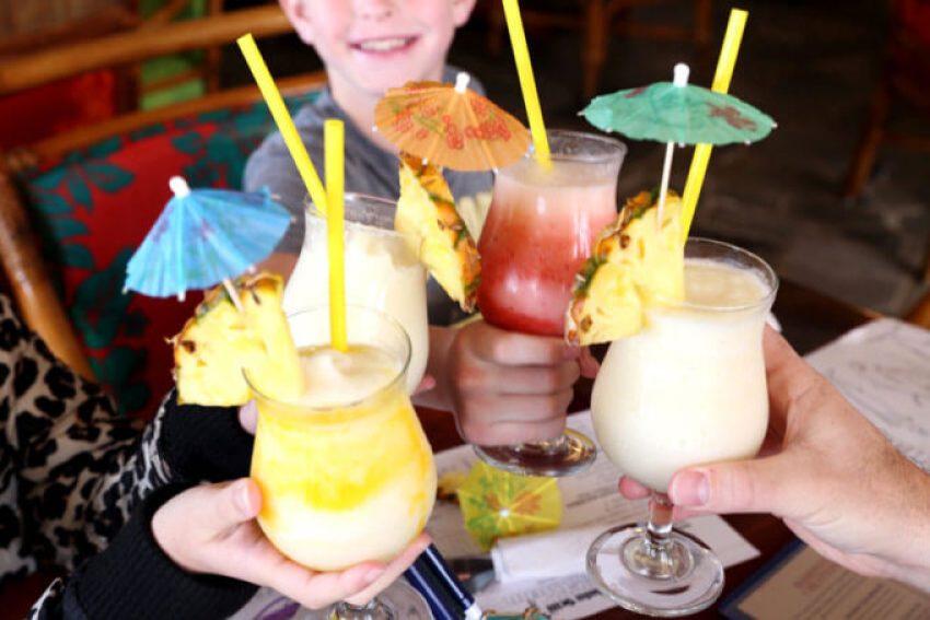 pina-colada-in-Maui-family-vacation