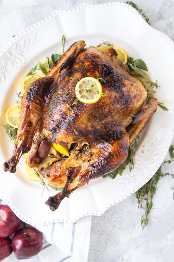 A delicious roast turkey recipe, this Thanksgiving turkey is roasted to perfection