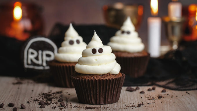 Three cute Ghost cupcakes for Halloween