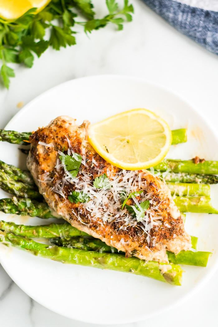 Creamy lemon chicken and asparagus