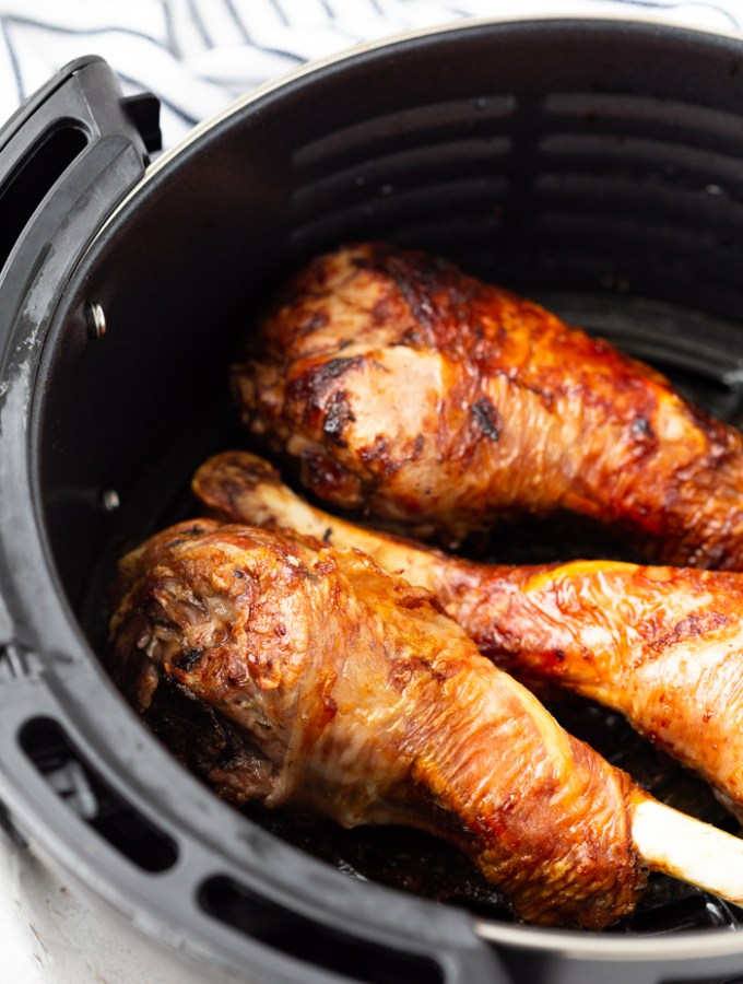 air fryer turkey legs in the air fryer