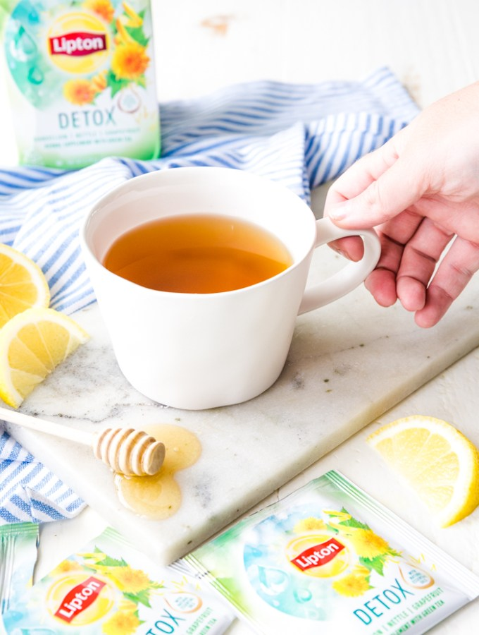 How to Brew the perfect cup of tea: Mug of Detox tea
