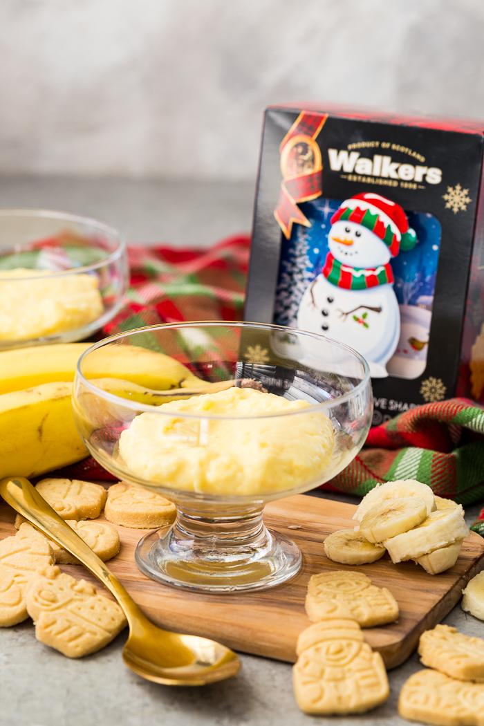 Making individual holiday banana pudding cups