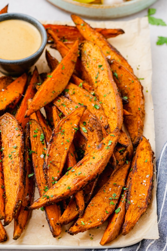 Roasted sweet potato fries that are cooked in the oven!