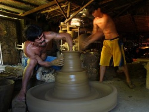 Pottery Making at RG Jar (est. 1824)