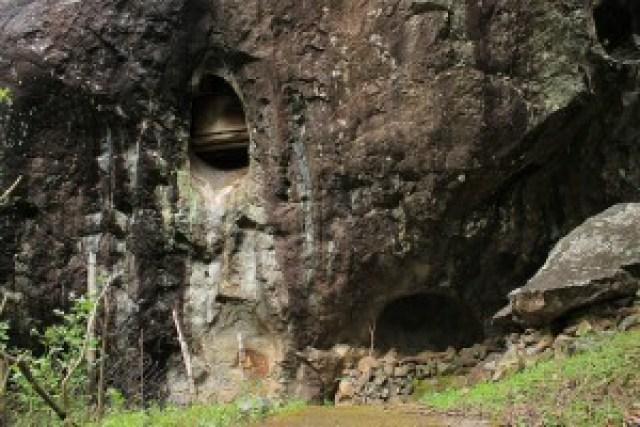 Tinongchol Burial Rock