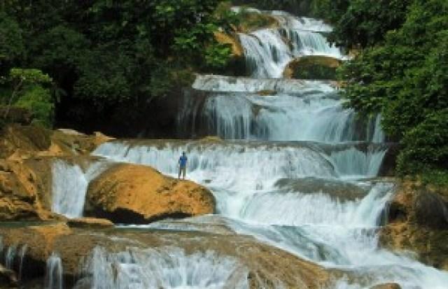 Aliwagwag Falls, Cateel, Davao Oriental