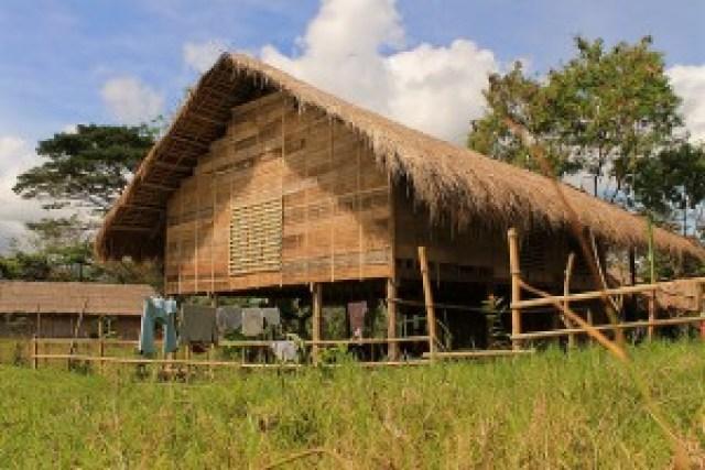 T'boli School of Living Traditions (SLT)