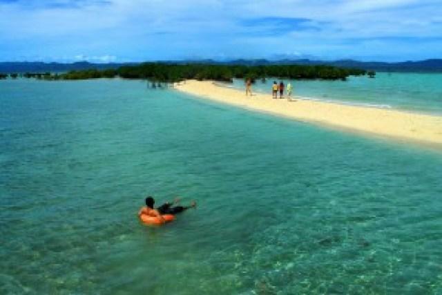 Buntod Sandbar and Marine Sanctuary