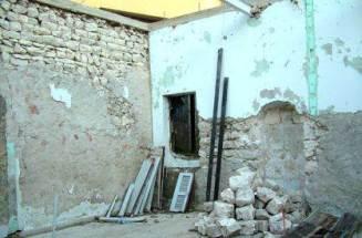 مسجد ساحة العين أثناء تجديده من الداخل عام 2008