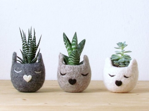 Felt cat planters