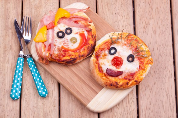 Cute face on kids pizza