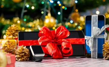 Gift Guide: 9 of the Hottest Tech Gifts of 2016