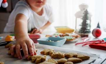 How to Keep Kids Busy During Their Long Winter Break