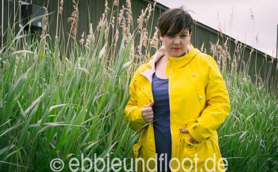 Mein neuer gelber Regenparka