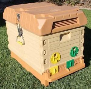 Apimaye 7-Frame Beehive Starter Kit